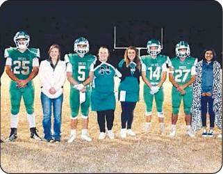 Bobcats rally behind seniors for game of the year
